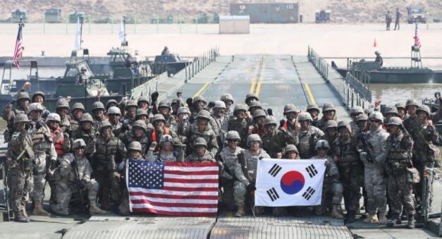 美韩军费分摊达成一致,美放弃50亿美元要求!文在寅输了