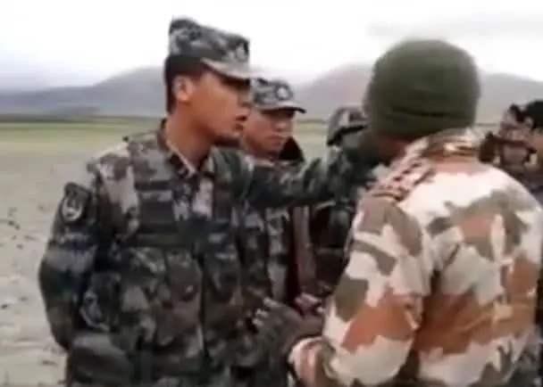 中印两军冲突,印军士兵为何该打,点赞勇于出手的中国战士