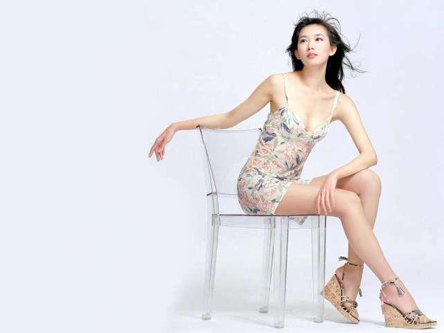 嫁到日本后的林志玲过得好吗?面色红润但膝盖却有淤青 让人心疼