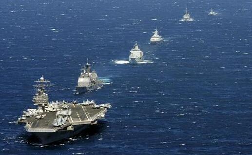 若美军3艘航母编队同时逼近中国,海军该如何接招?