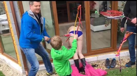 为什么捷克人过节,喜欢用鞭子抽女孩的屁股 ?