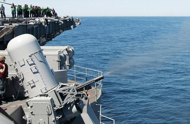辽宁舰上的世界第一近防炮,射速11000发,几乎是美核航母4倍
