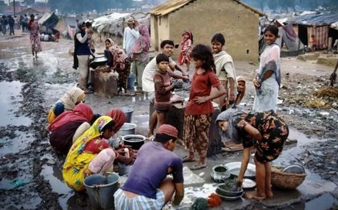 印度疫情猛烈,感染或将超美国,宝贵资源穷兵黩武!
