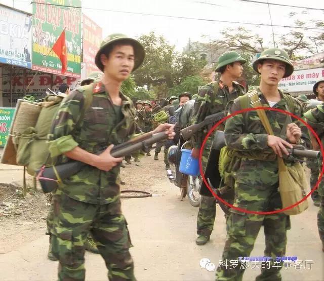 美国人发明的丛林战利器,却被越南人拿去打解放军
