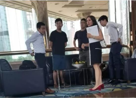 美1天搞俩法案,要中国在香港问题上屈服,还得退出太平洋