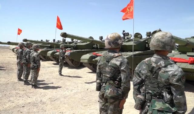 """美媒报道解放军接收新型""""99A2""""坦克,这个编号有可能大错特错了"""