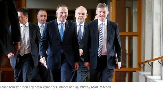 就因教过解放军英语 新西兰华人国会议员赶出政坛