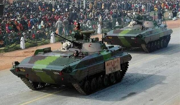 准备反攻?印度突然在边境集结T-90,还订购了一批反坦克炮
