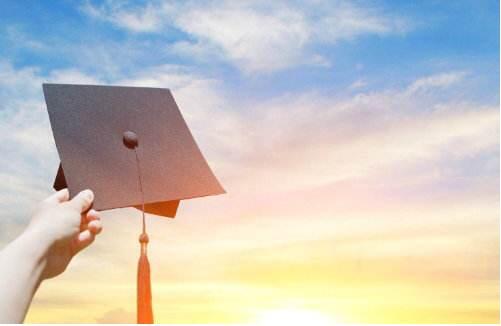 2020年研究生在学人数将破300万 高考生因系统崩溃错过志愿填报