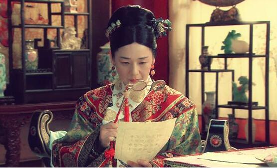 慈禧洗澡时李莲英是怎么伺候她的?清朝皇室后裔说出了真相!
