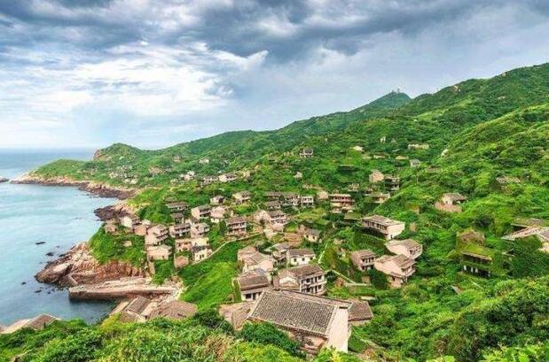 """中国最""""诡异""""的村子,号称现实版鬼村,游客六点前必须离开"""