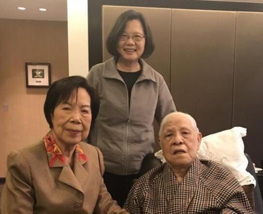 洪秀柱评李登辉病亡:台湾价值混乱的时代已告终
