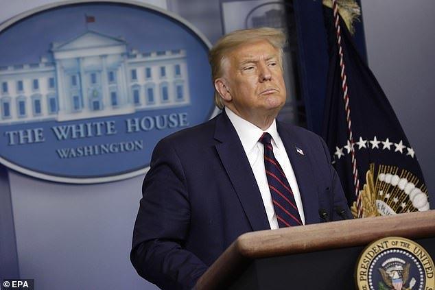 特朗普身边又曝出个确诊!曾与总统一张桌上会谈!