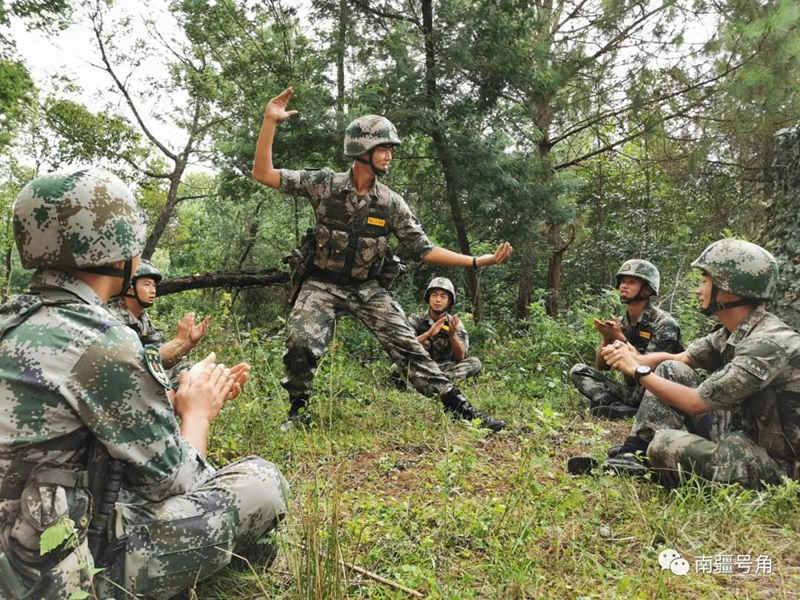 印:解放军4万兵力接近边境!别急,后续大部队已在火车上