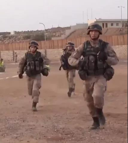 """解放军如今也有了分队士官长?士官""""当家""""有什么好处?"""