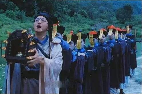 """现实中""""赶尸""""竟然真的存在:探秘湘西最恐怖的三大""""邪术"""""""