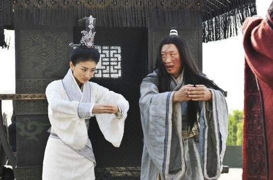 景甜为何资源如此强大?网传其与万达王王健林有不正当关系!