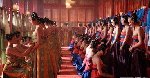 古代皇帝选妃内幕:民间女子竟要被太监摸遍这个地方!