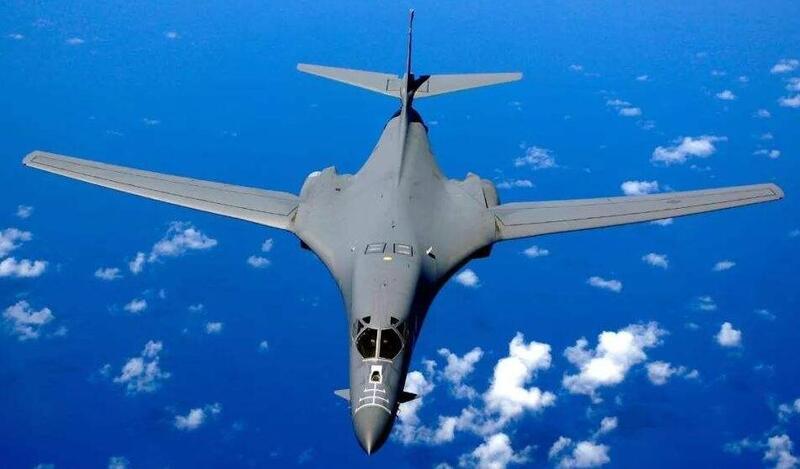 美轰炸机从关岛起飞 绿媒迅速炒作:支援台湾的!