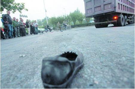 为什么出车祸时一只鞋子掉了,人一定会死!这是真的吗?