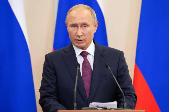 普京这个生日不平凡 为了调停吉尔吉斯斯坦冲突他亲自出面!