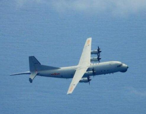 台媒:解放军军机抵近 回应台军广播口气