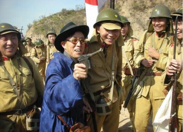 最牛汉奸,吃日本人的饭,娶日本女人,7个字轻松灭掉2万日军