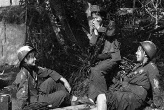 残忍至极!越南军队竟如此虐待边境冲突中的中国女俘虏