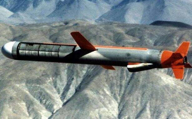 印度试射陆攻型布拉莫斯导弹 对中国军队将产生严重威胁?