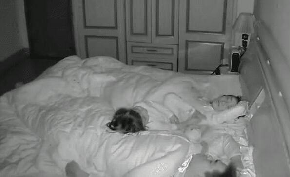 男子每天起床都腰酸背痛 妻子监控一幕突然不淡定了!