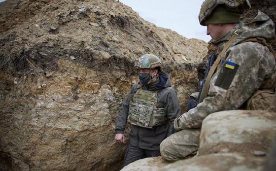俄重兵集结俄乌边境 两个精锐集团军成总预备队!