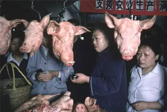 20万张底片,这个日本人记录了80年代中国最全的影像!