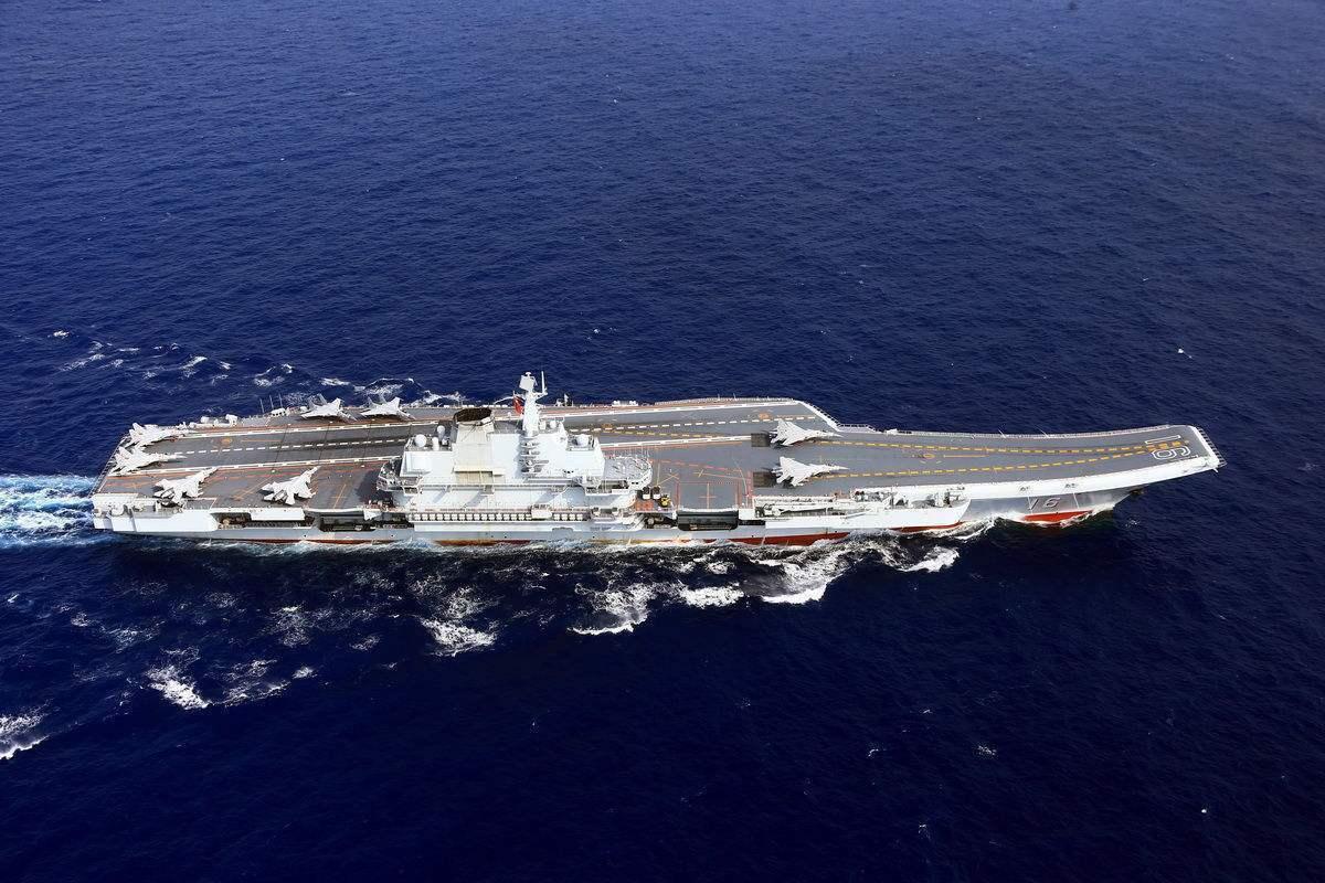 解放军从歼15飞行员中培养新型指挥官 或成为航母舰长