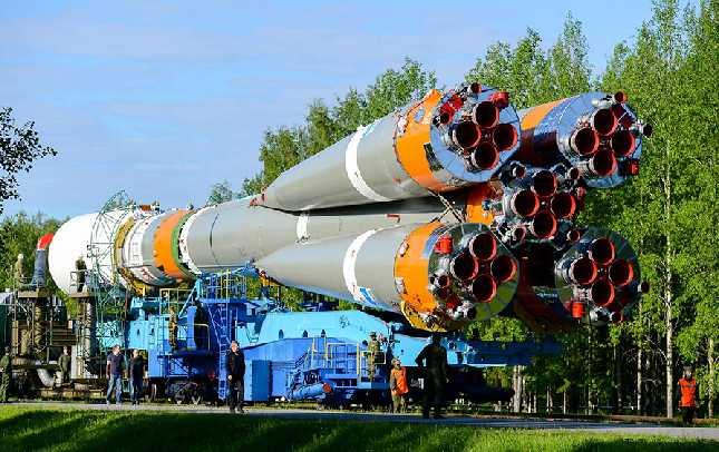 """俄罗斯成功发射一颗""""格洛纳斯-M""""导航卫星"""