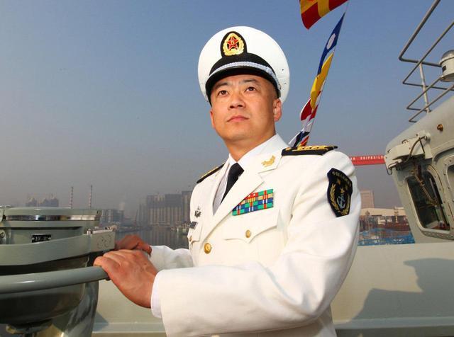 314海战唯一受伤功臣晋升中将,辽宁舰又培养三少将