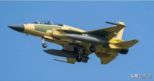 枭龙战机大改,将交付巴铁!它成功的一大原因:美军F-16逼出来的