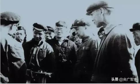 51年前,他用生命护住一份绝密文件!22天后,中国靠它震动了世界