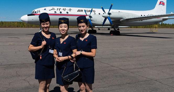 """新加坡摄影师镜头里的朝鲜高丽航空:飞机似""""被困时光隧道"""""""