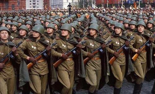 """蘇軍解放東北,要了哪些""""補償""""?"""