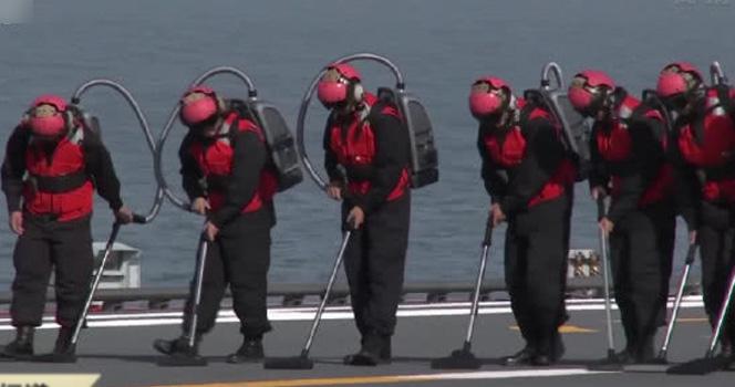 """山东舰配备""""神秘背包""""!体积小作用大 战机安全起降离不开它"""