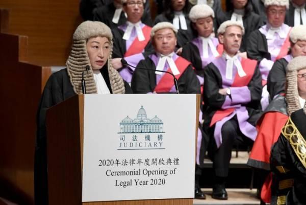 """港律政司长:这是""""暴徒统治"""",而非法治"""