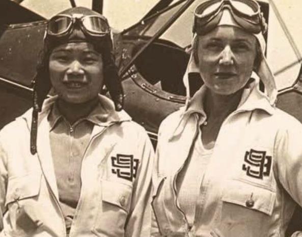 中国最牛女飞行员,闯入美空军基地,结果靠实力获得尊重