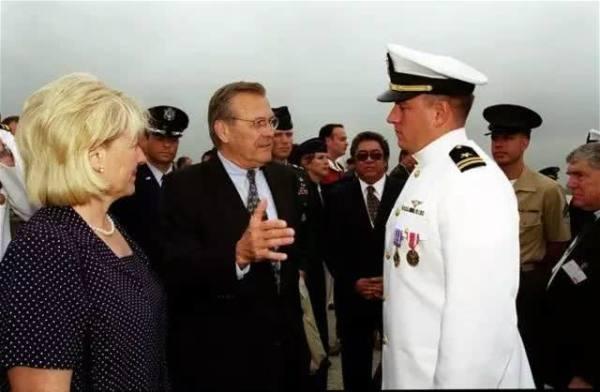 震惊!当年南海撞机王伟的美国飞行员现在竟然做这件事