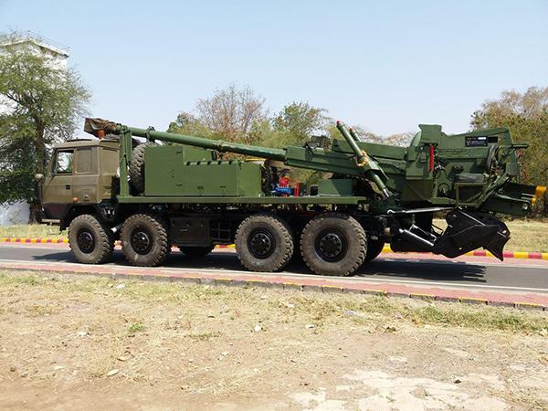 巴铁引进新155毫米火炮,印巴火力对决谁更胜一筹