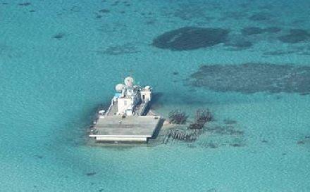 越南海军逼近赤瓜礁 随后掉头就跑 美国坦言:实力悬殊