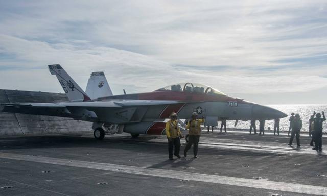 """美军""""罗斯福""""号航母打击群离开本土,前往印度-太平洋部署"""