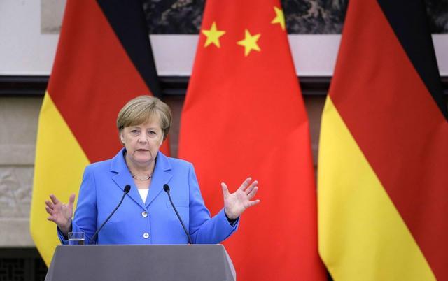美国不断针对中国,默克尔再次摒弃盟友,选择力挺东方,干得漂亮