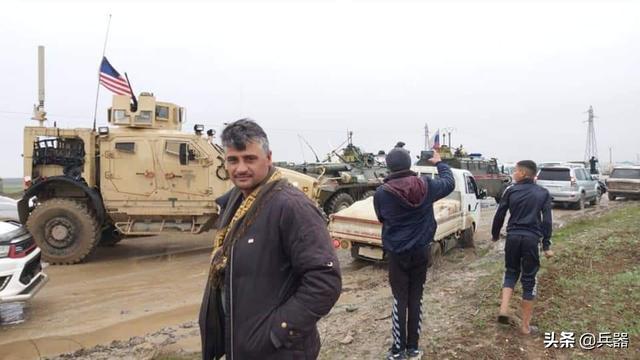 """美俄战车,在叙利亚对峙!双方剑拔弩张,只为争抢地下""""宝藏"""""""
