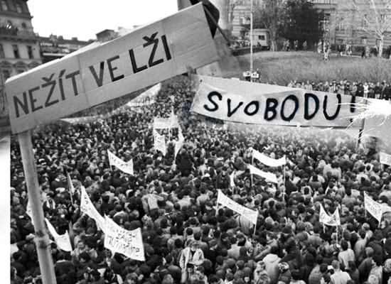 捷克与斯洛伐克剥离后,对华的态度截然不同!