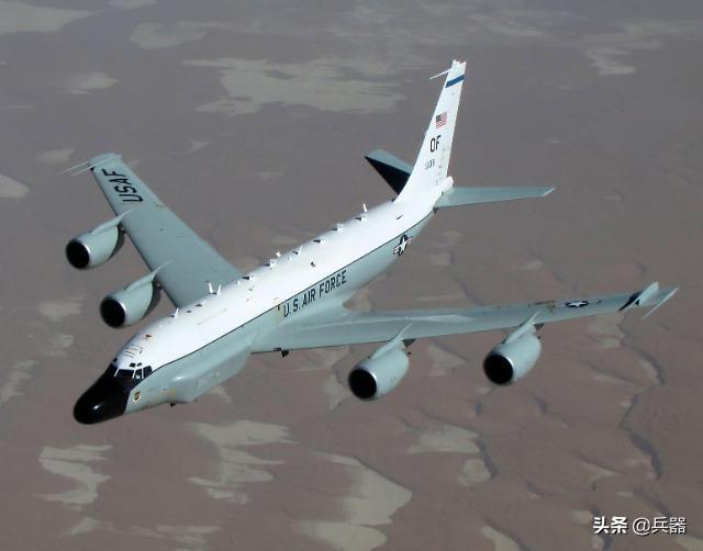 美军一神奇战机,突入东海上空!有独门秘技,专擅追猎核武器试验